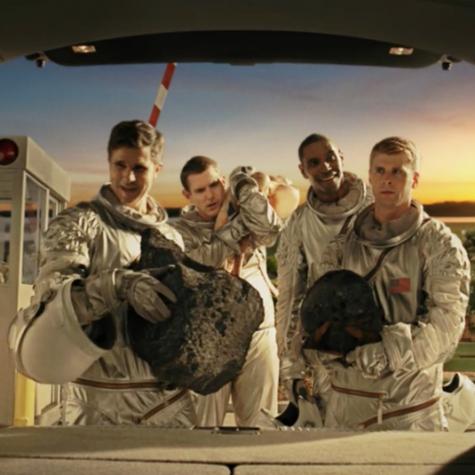 Acura - Astronaut Landing